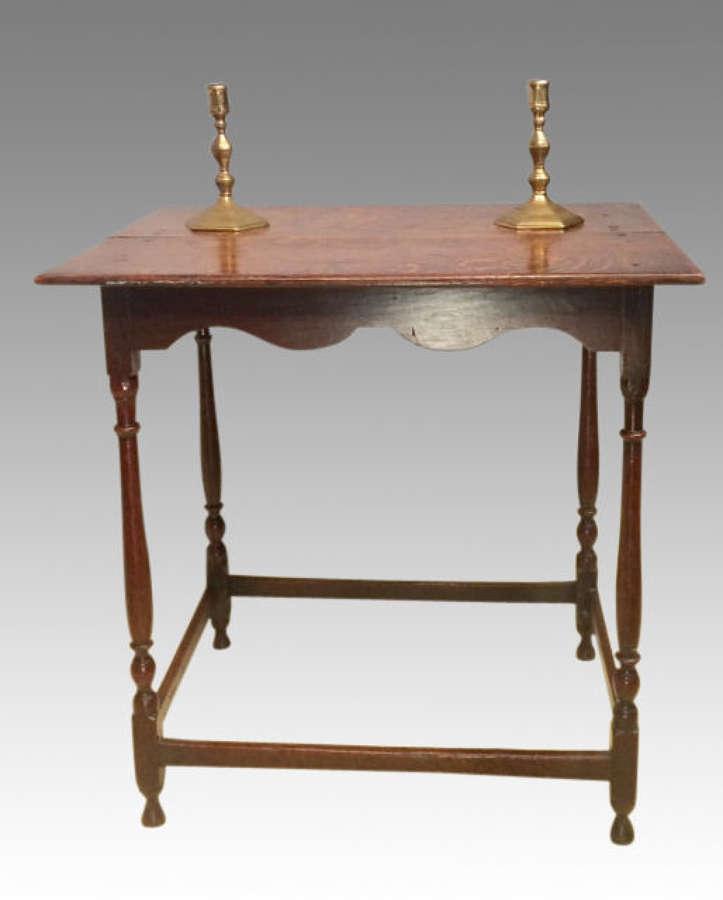 A small Queen Anne oak side table.