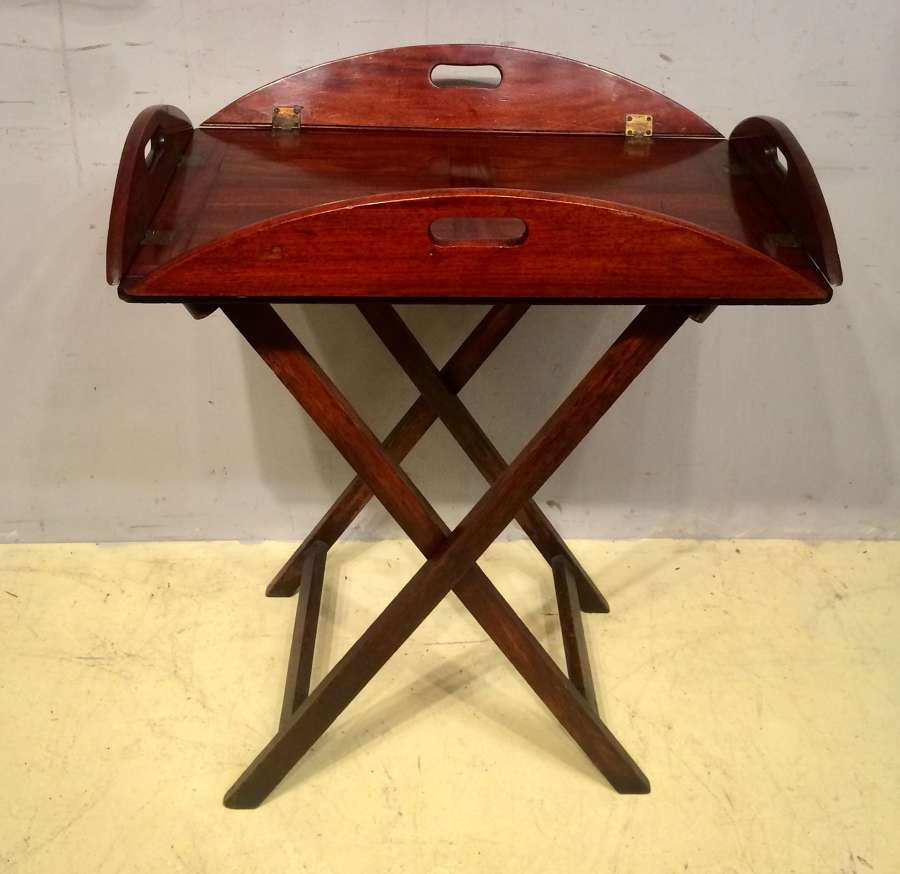 Georgian mahogany drop sided butler's tray and stand.